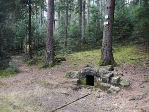 Bergmassiv Madeleine: Brunnen.