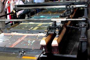 Maschinelle Herstellung eines Bilderbogens