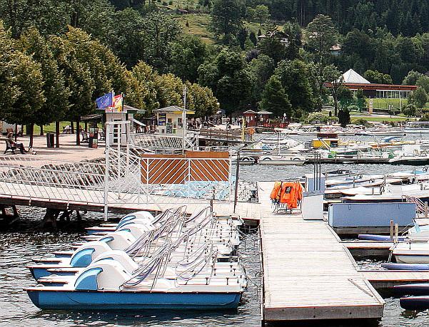 Un ponton au lac de Gerardmer.