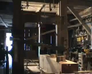 Saw with horizontal bar inside the sawmill Lancoir.