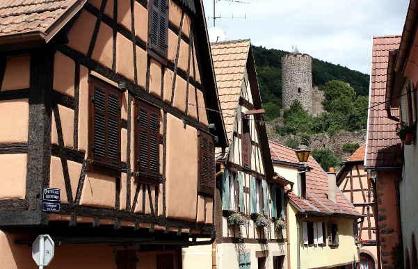 Burgfried der Stauferburg von Kaysersberg